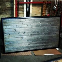 T te de lit en bois de grange gris - Tete de lit bois gris ...